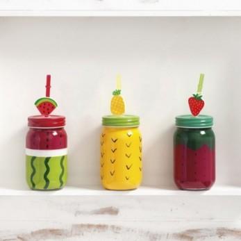 Γυάλινο μπουκάλι με φρούτα