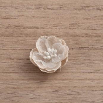 Αυτοκόλλητο λουλούδι από γάζα